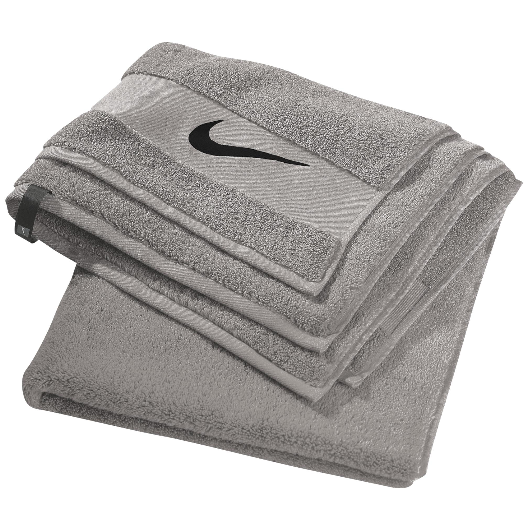 Fila Sports Towel: Nike Large Sport Towel 140x70 Havlu #AC1087-025