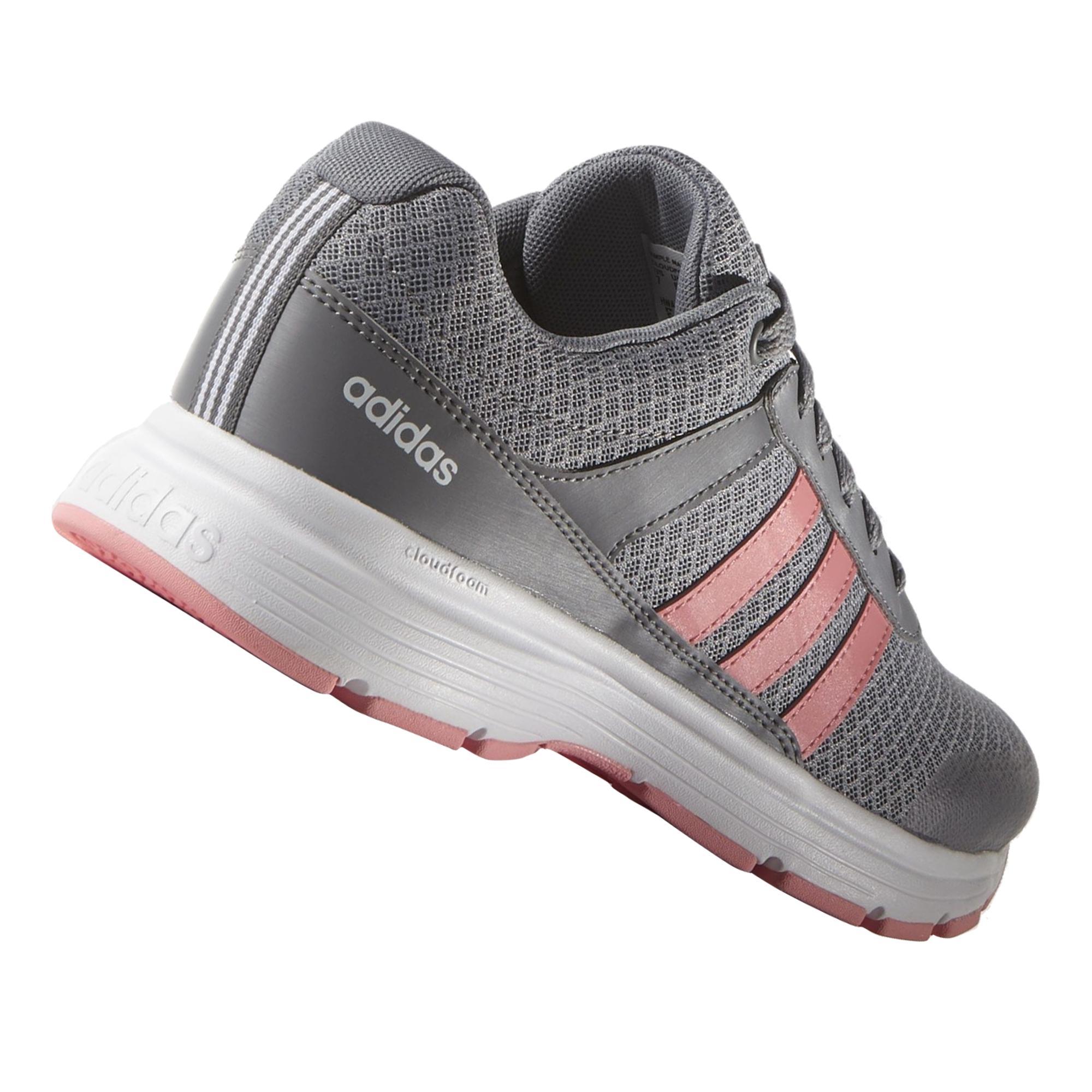 Adidas bayan spor ayakkabı